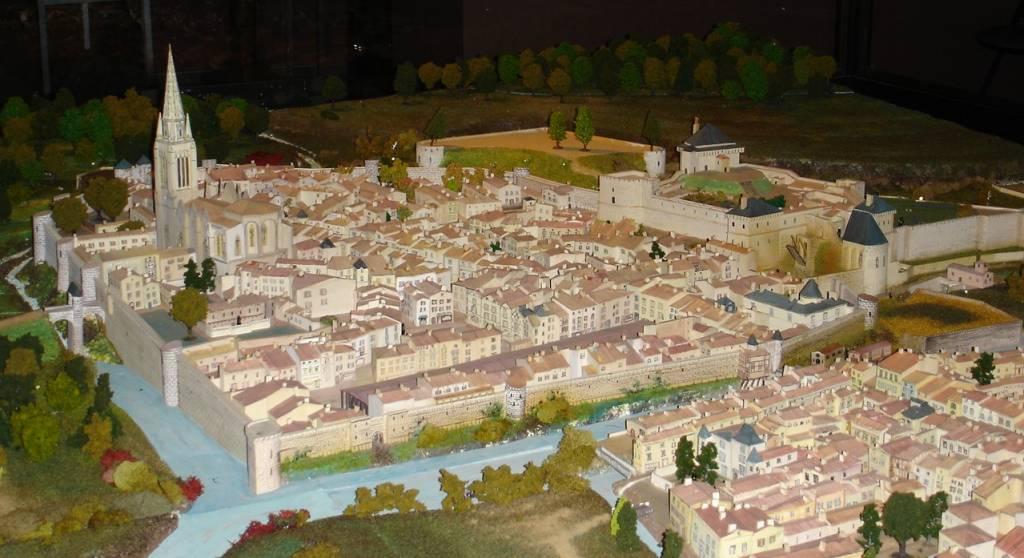 Maquette de la ville de Fontenay le Comte au Moyen Age