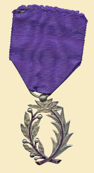 Medaille_Officier_d_Academie.jpg