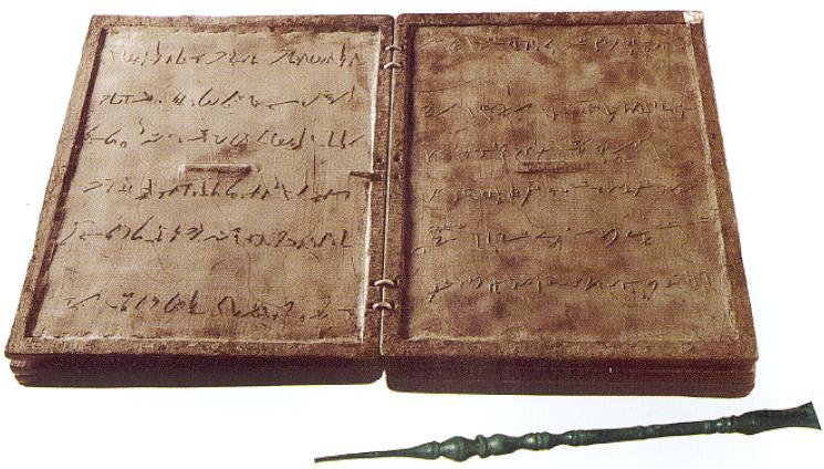Tablette de cire et stylet IIIe s ap J-C inscription en grec