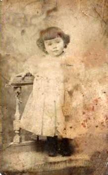 MARIE_Germaine_vers_1896.jpg