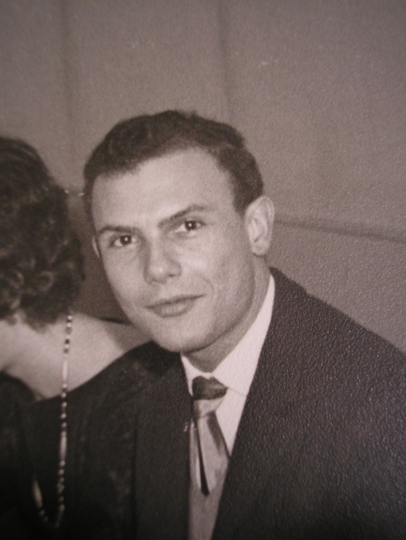 MARC_en_12.1962_bapteme_d_Olivier_son_Parrain_.JPG