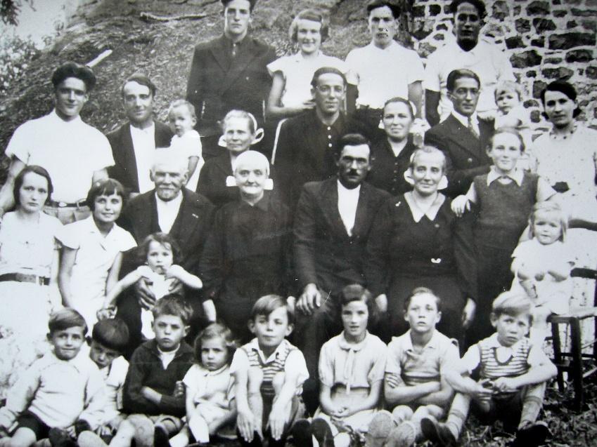 Famille_1934_R.jpg