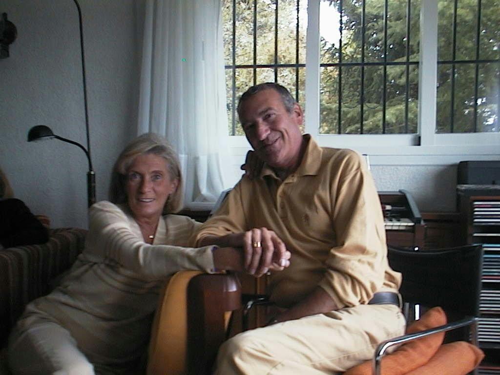 Luis y Piluca en su chalet de Colmenarejo