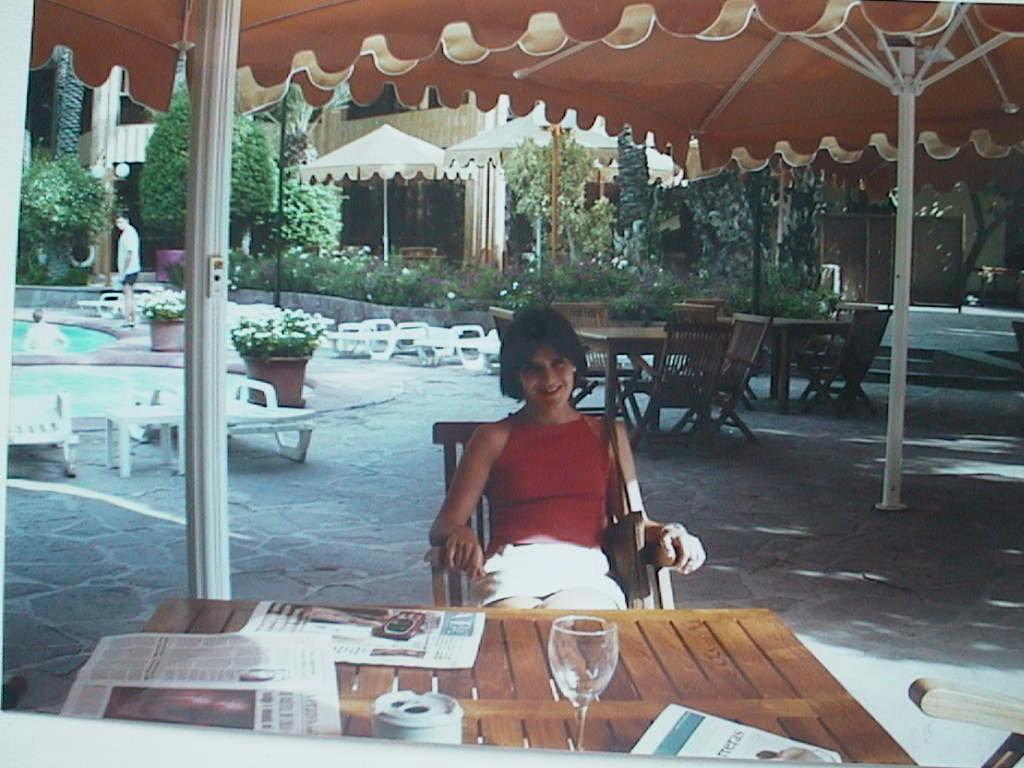 Berta_Montells_en_el_Hotel_Huerto_de_El_Cura_en_Elche.JPG
