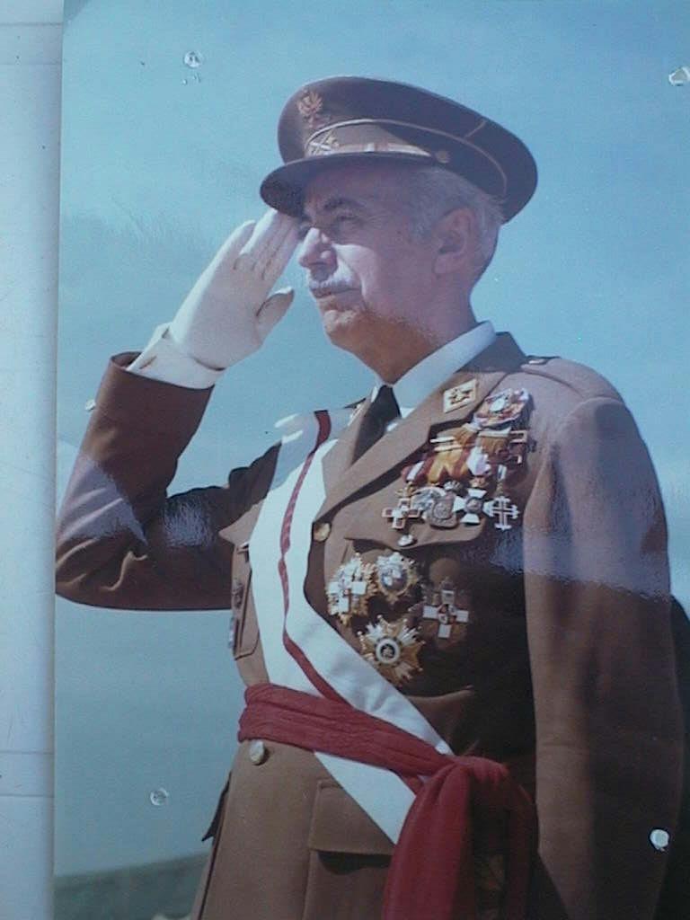 Manuel_Cabeza_Calahorra_de_Capitan_General.JPG