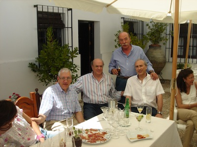 Jose_Luis_con_sus_primos_Luis_Javier_y_Jose_Maria_Lopez.jpg