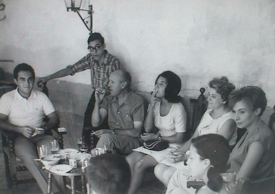Luis_Lopez_Manuel_de_Villena_en_Ciempozuelos_A_o_1967.JPG