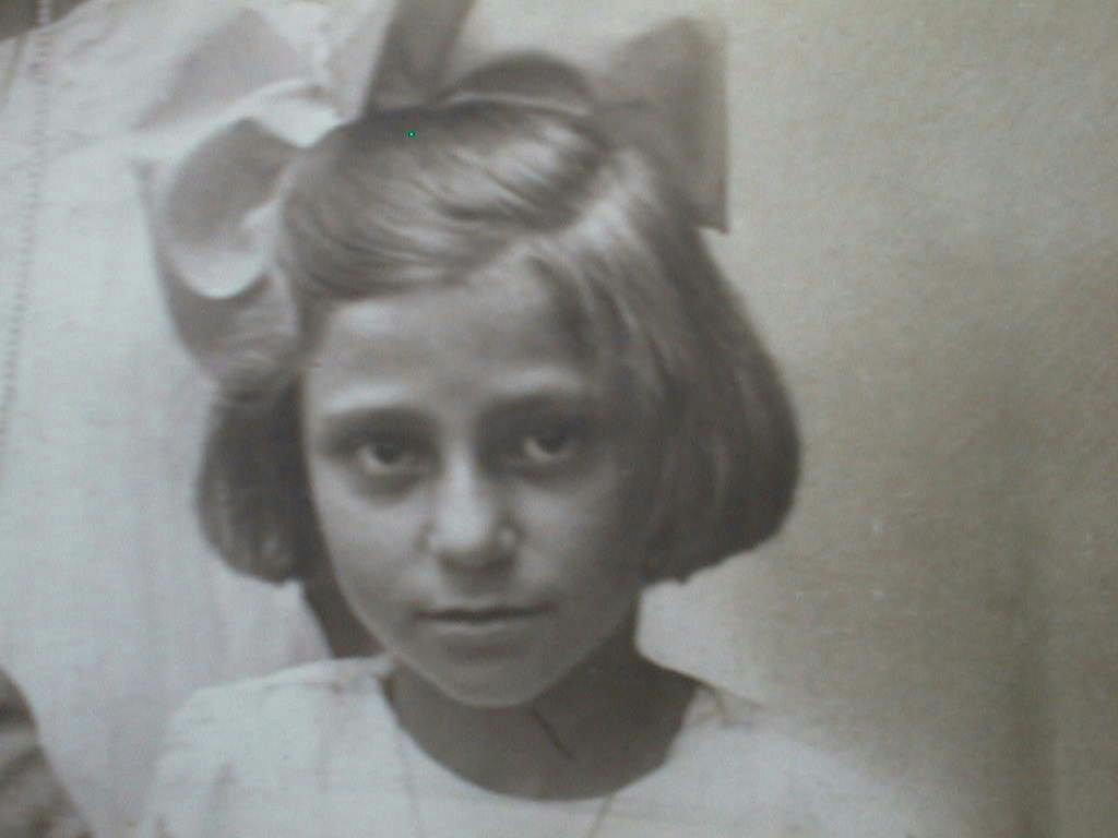 Tia_Amelia_M._de_Villena_1928_.JPG