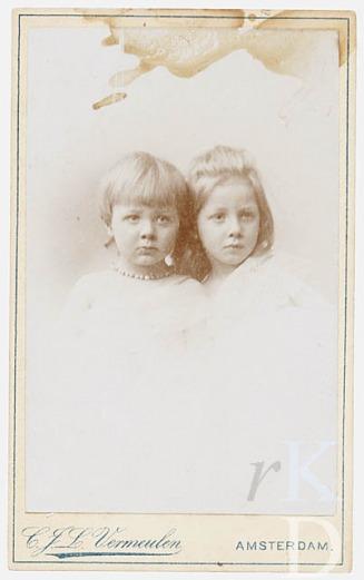 Huibert Gerard Brian 1894 (links) en Johanna Catharina1892 (rechts) de Kruyff van Dorssen