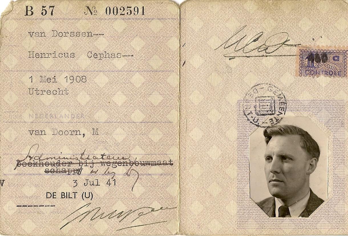 Persoonsbewijs_Henricus_Cephas_1908.jpg