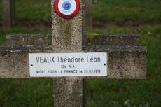 Théodore, Léon, Victor VEAUX
