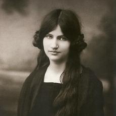 HÉBUTERNE Jeanne