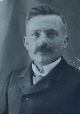 Victor, Louis Barrais