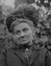 Jeanne Daounine LAVIGNE